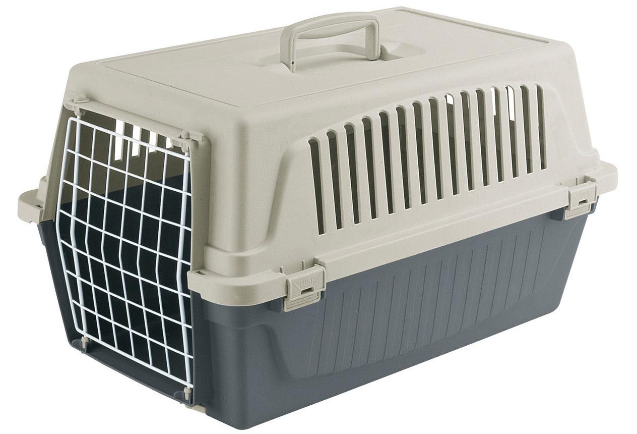 Пластиковая клетка для собак